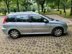 Автомобілі з Європи, розмитнені в Україні доставка на автовоз